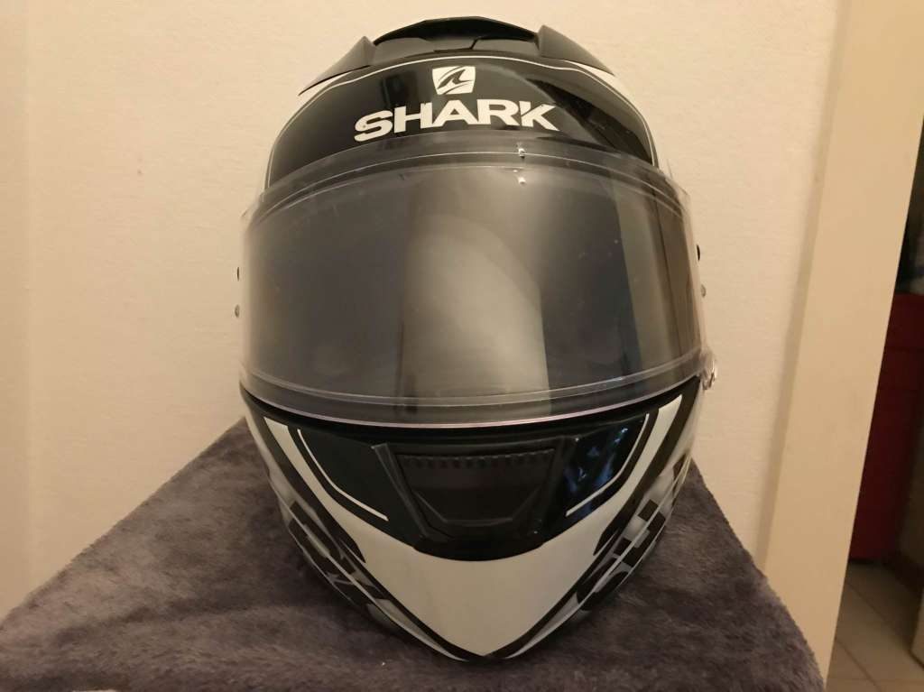 Casque moto shark taille m