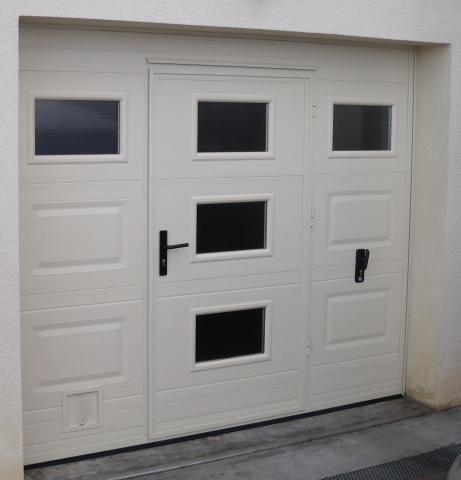 Porte de garage vitrée isolée