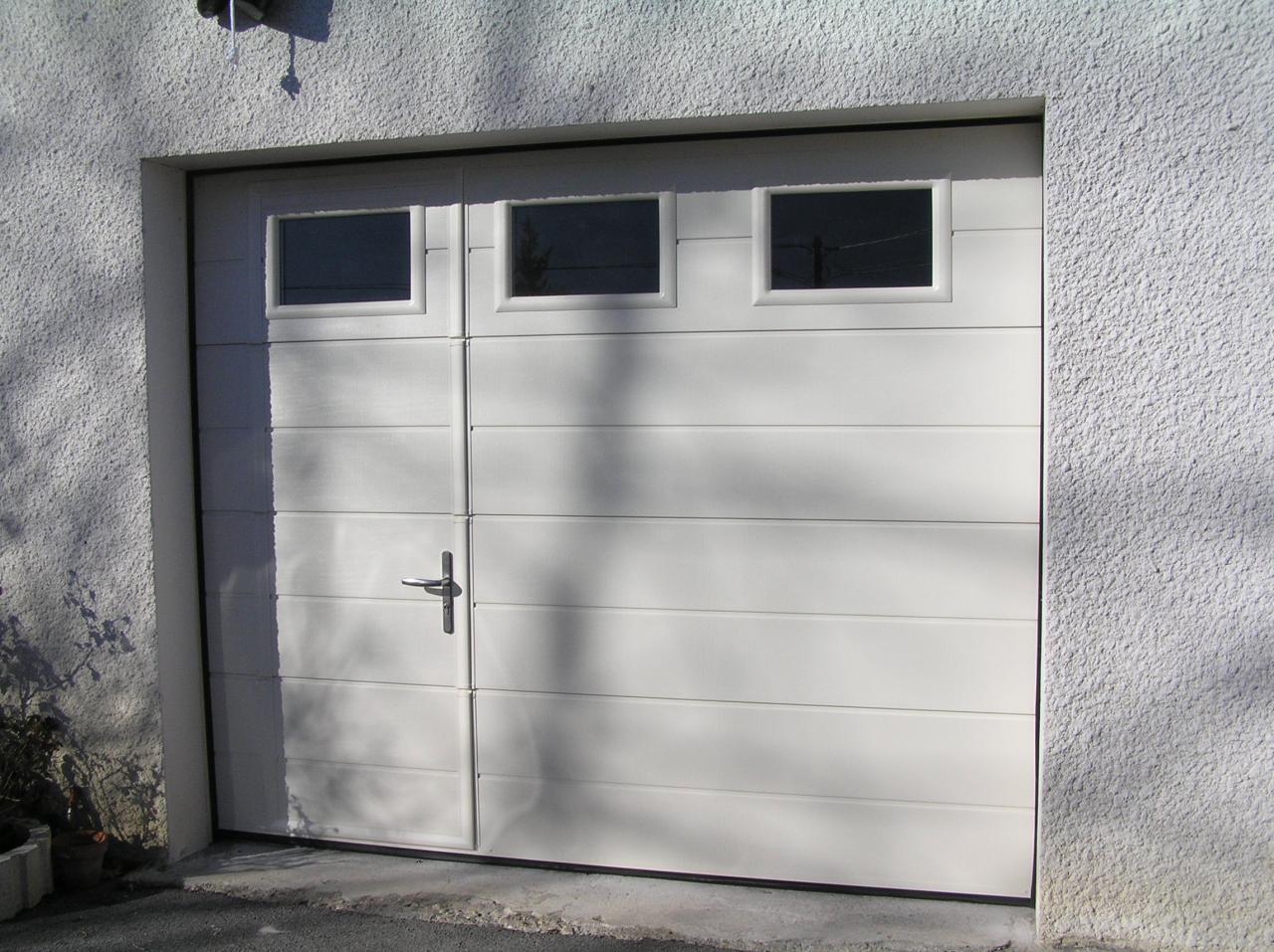 Porte de garage 3 vantaux pas cher
