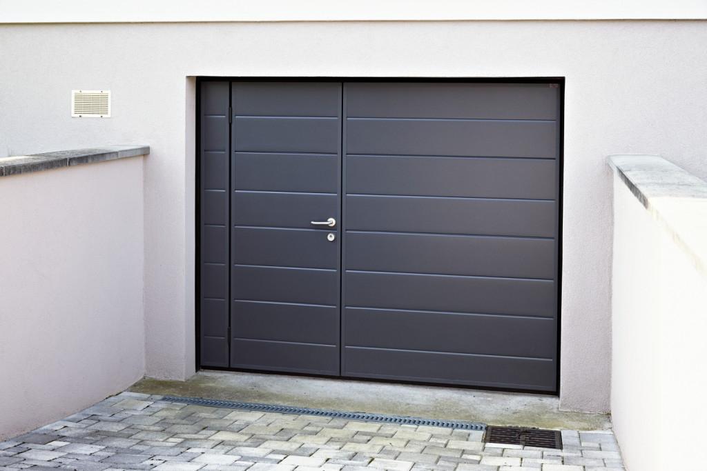 Porte de garage qui ferme mal voiture moto et auto for Autocollant porte de garage