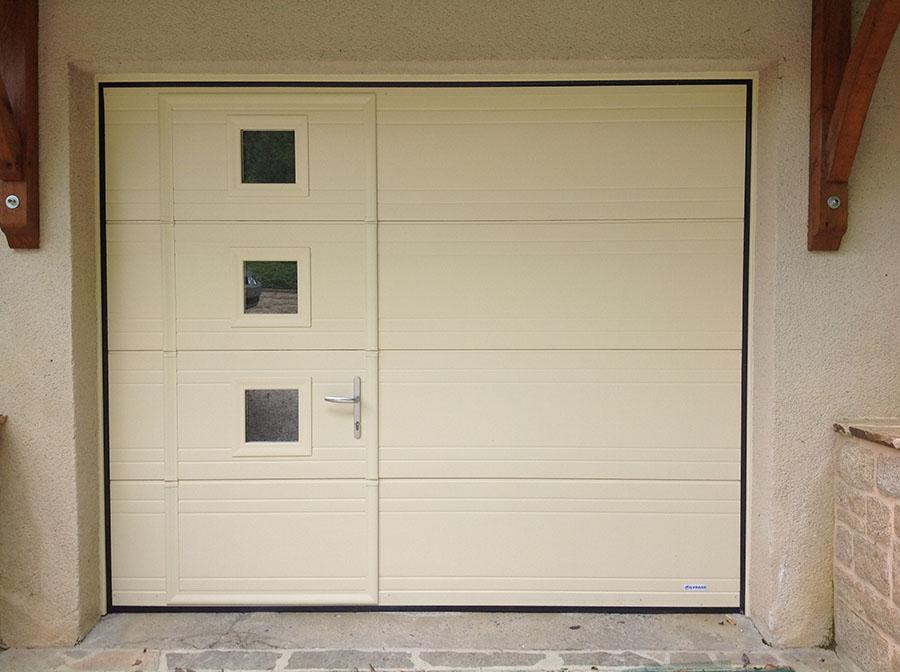 Porte de garage sectionnelle avec portillon france fermeture