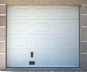 porte de garage sectionnelle discount voiture moto et auto. Black Bedroom Furniture Sets. Home Design Ideas